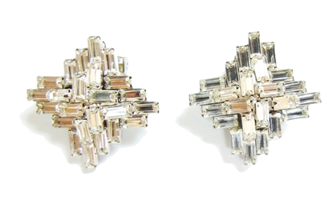 Three Jane NY Daisys East Egg Studs