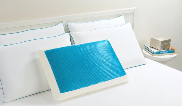 Comfort Revolution Blue Waves Pillow