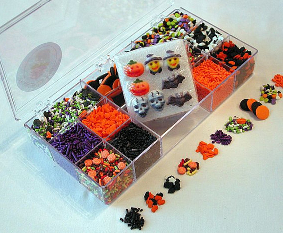 Halloween Decorating Kit