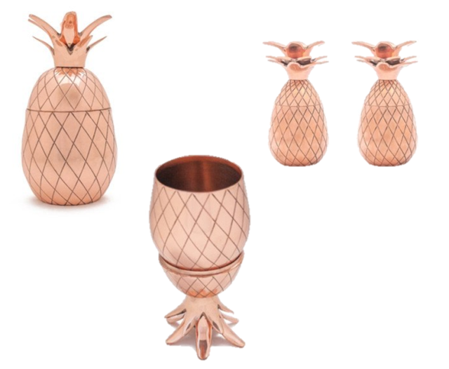 pineapple-decanter-and-shot-glasses