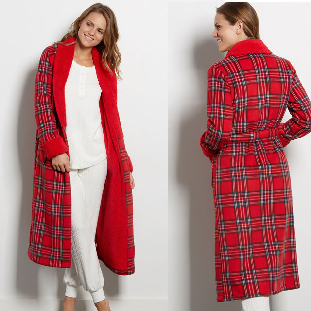 la-vie-en-rose-plaid-robe