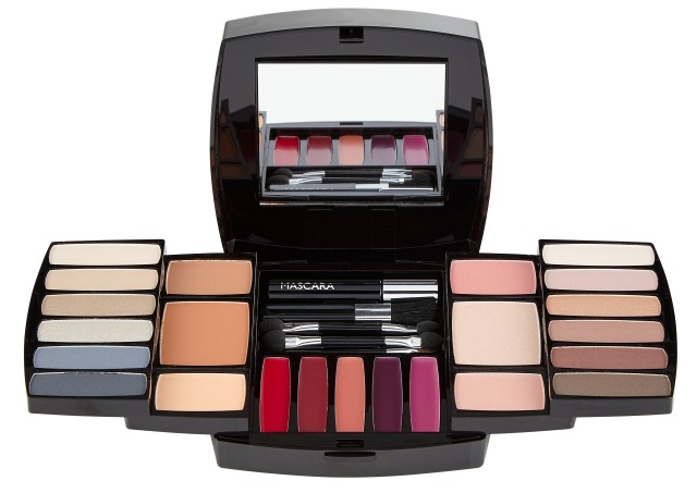 quo-ultimate-beauty-eye-lip-cheek-collection
